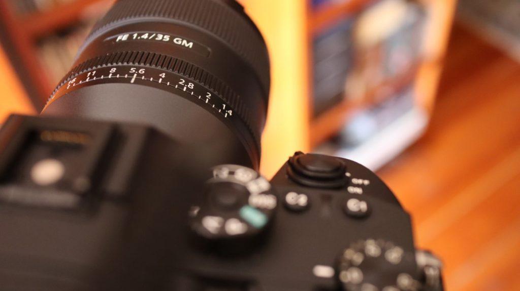 Sony SEL 35 f14 gm 12
